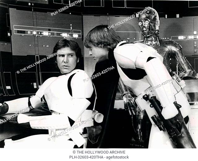 Han Solo, Luke and C-3PO on set in Star Wars Episode IV: A New Hope (1977)