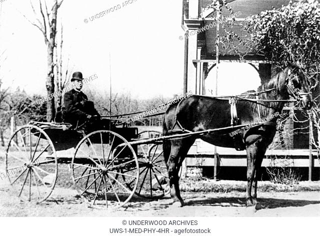 Ridgewood, New Jersey: 1888 Dr. William Loveridge Vroom making his medical rounds in his buggy