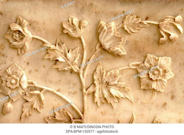 Floral patterns on Taj mahal ; Agra ; Uttar Pradesh ; India
