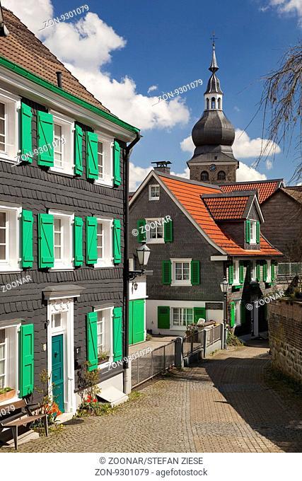 Historische Altstadt mit der evangelischen Stadtkirche, Remscheid-Lennep, Bergisches Land, Nordrhein-Westfalen, Deutschland, Europa