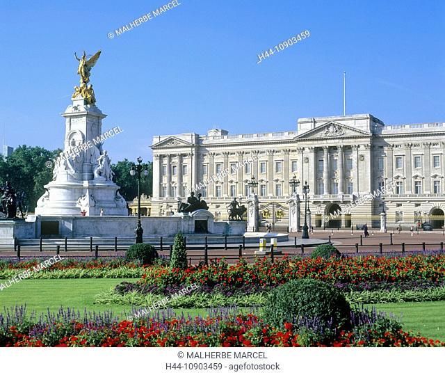 United Kingdom, England, London, Buckingham Palace, Queen Victoria, statue, memorial