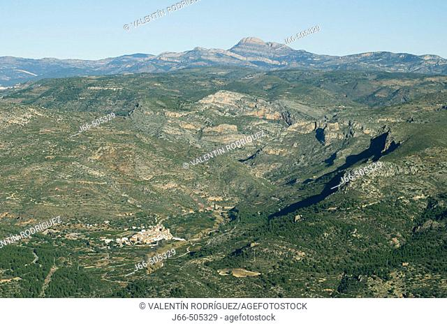 Argelita village and Peñagolosa peak in background. Castellón province, Comunidad Valenciana, Spain