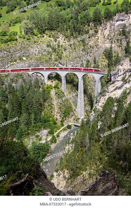 Rhaetian Railway on Landwasser Viaduct Filisur, near Filisur, region Albula, canton of Grisons, Switzerland