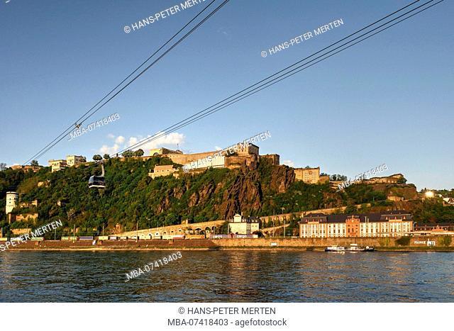 Cable car across the Rhine to Ehrenbreitstein Fortress, Konrad-Adenauer-Ufer, Koblenz, Rhine Valley, Rhineland-Palatinate, Germany