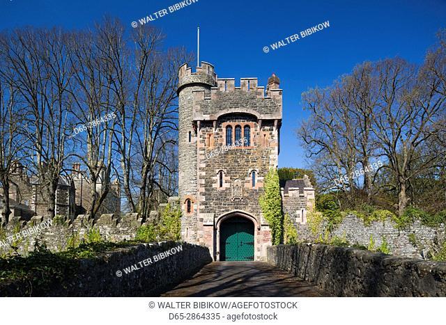 UK, Northern Ireland, County Antrim, Glenarm, Barbican Gate, entrance to Glenarm Castle