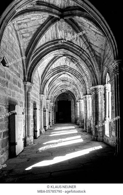 Cloister, cathedral, Plasencia, Extremadura, Spain, Europe