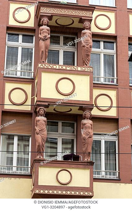 Frankfurt am Main, Hessen, Germany, Europe, Detail of a 1914 building in Braubachstrasse near the Roemerberg square