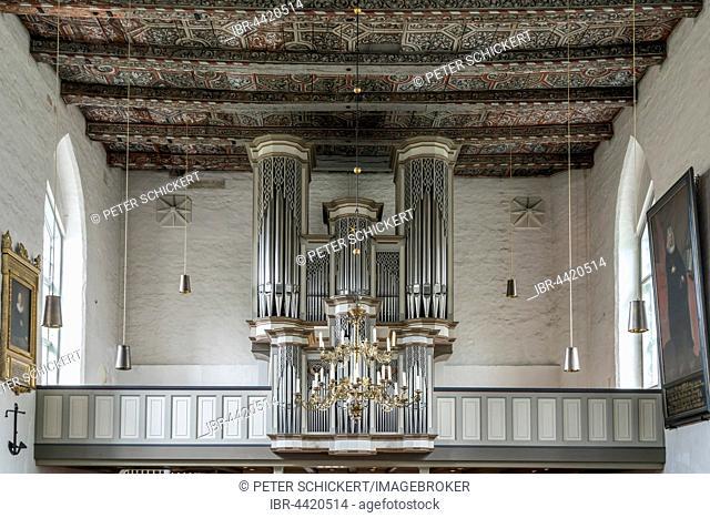 Beckerath organ, Evangelical Lutheran St. Lawrence Church, Travemünde, Lübeck, Schleswig-Holstein, Germany