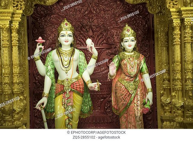 Shree Lakhashminarayan statue, BAPS Swaminarayan mandir, Katraj, Pune