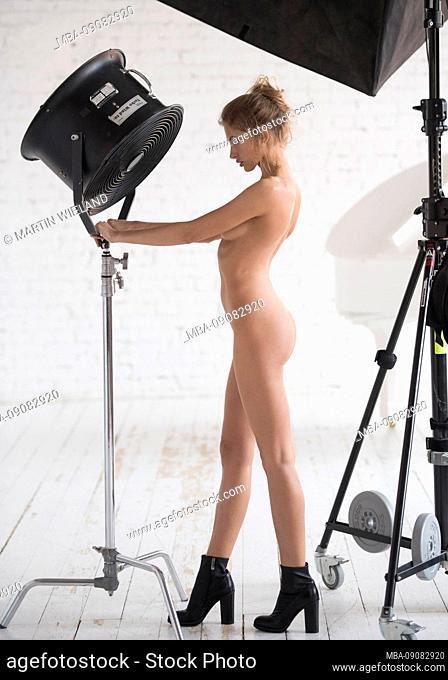 Woman, 20-30 years, standing, film set