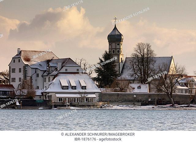Wasserburg on Lake Constance in winter, district of Lindau, Bavaria, Germany, Europe