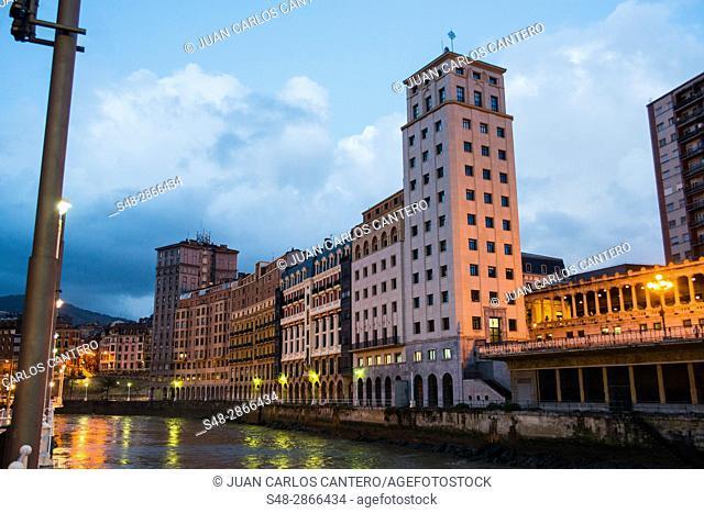 Ria de Bilbao. Vizcaya. Pais Vasco. España. Europa