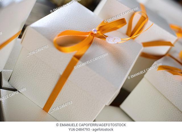 Gift box, bonbonniere