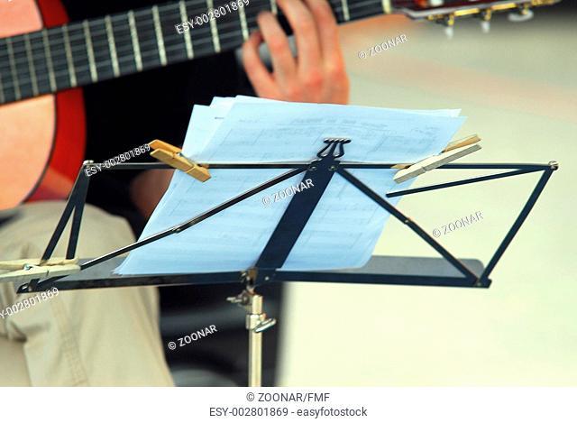 Notenpult für Guitarre