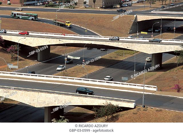 Photo illustrated a highway, bridge, lane, vehicles, tracks, signaling