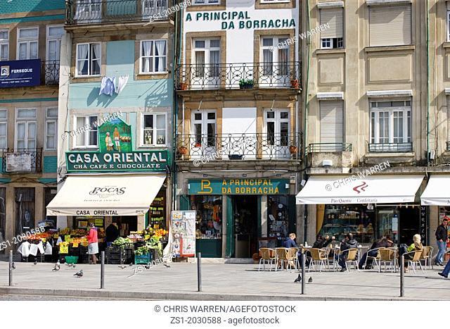 Street scene near Torre dos Clerigos Porto Portugal.1015