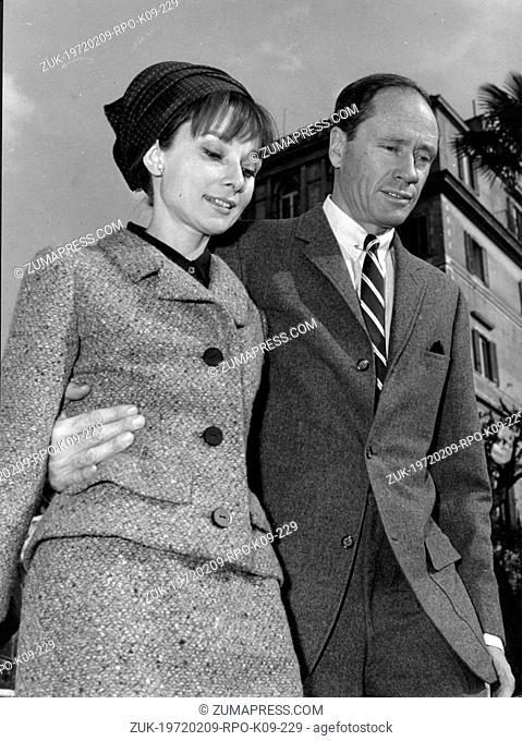 Mar. 11, 1964 - Rome, Italy - Actress AUDREY HEPBURN walking with husband, actor MEL FERRER down the Spanish Steps while visiting Rome