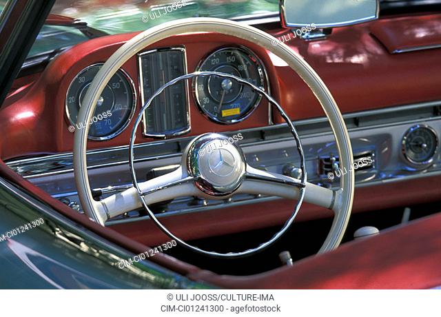 Car, Mercedes 300 SL Roadster, vintage car, model year 1957-1963, 1950s, fifties, 1960s, sixties, silver, convertible, interior, detail, details, Cockpit