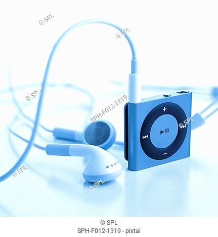 Mp3 player and earphones