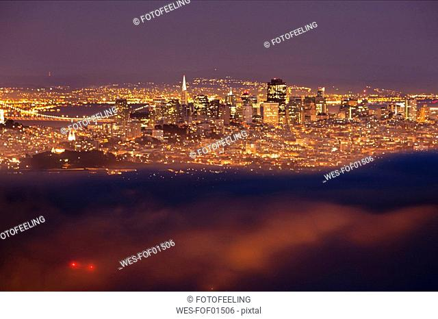 USA, California, San Francisco, Golden Gate Bridge, at night