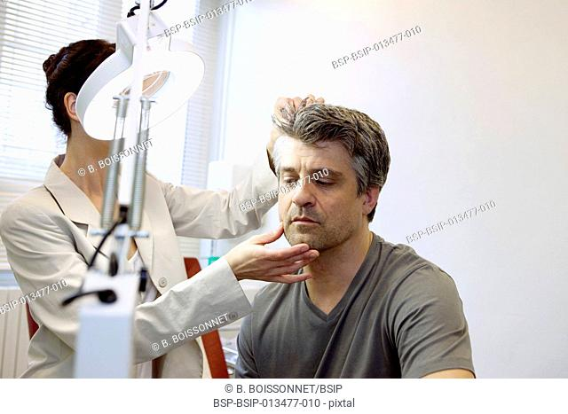 DERMATOLOGY, SYMPTOMATOLOGY MAN