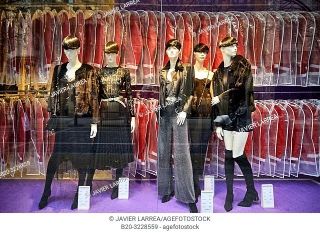 showcase of clothes, Donostia, San Sebastian, Gipuzkoa, Basque Country, Spain, Europe