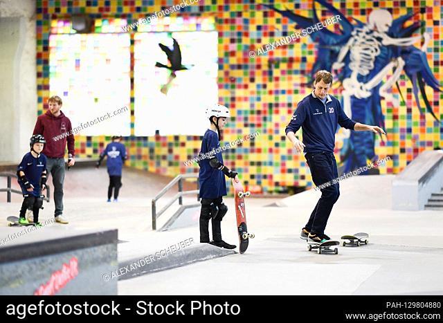 Tony Hawk (Laureus Academy Member) helps children practice. Laureus Sport for Good Skateboarding Event. GES / Laureus World Sports Awards 2020, Berlin