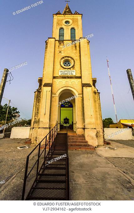 Catholic church in Xcunyá, Yucatan (Mexico)