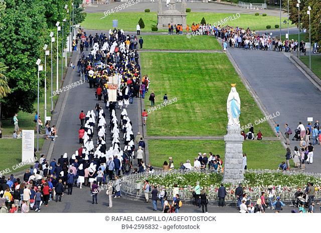Sanctuary of Our Lady of Lourdes or the Domain. Lourdes, Hautes-Pyrénées department, Midi-Pyrénées region, South western France