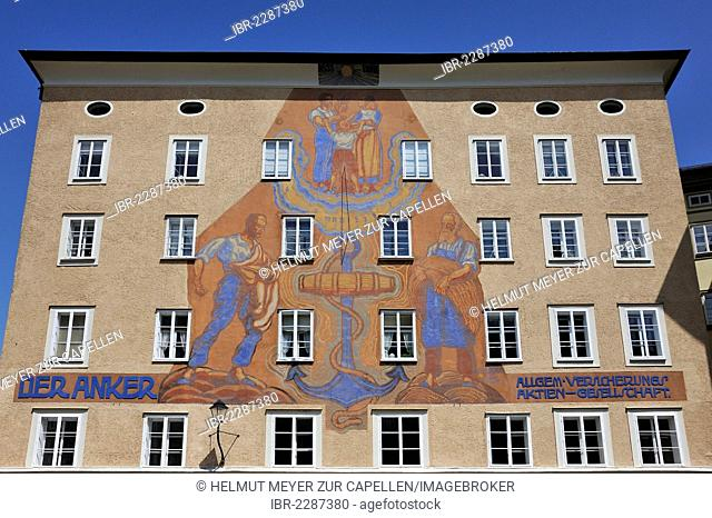 Mural with a sundial from 1928 on the building of the Anker Allgem. Versicherungs AG, Anchor General Insurance Company, Waagplatz square, Salzburg, Austria