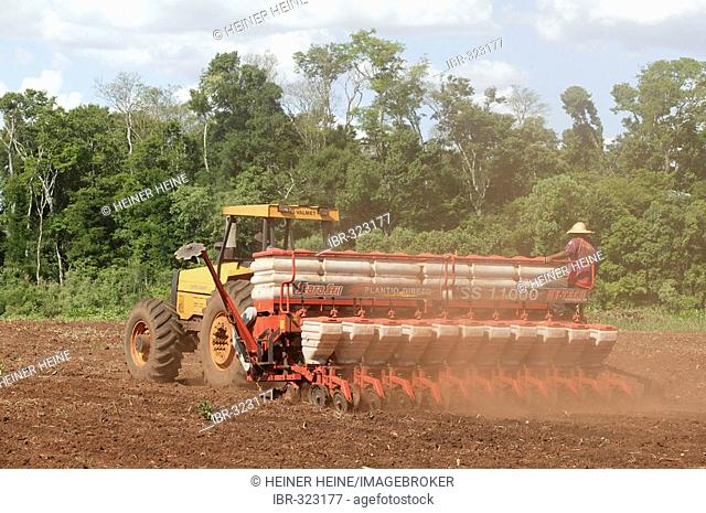 Seeding soybeans, genetically altered, Paraguay, South America