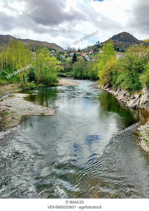 River Nalón near Caces village. Oviedo municipality. Asturias province, Spain