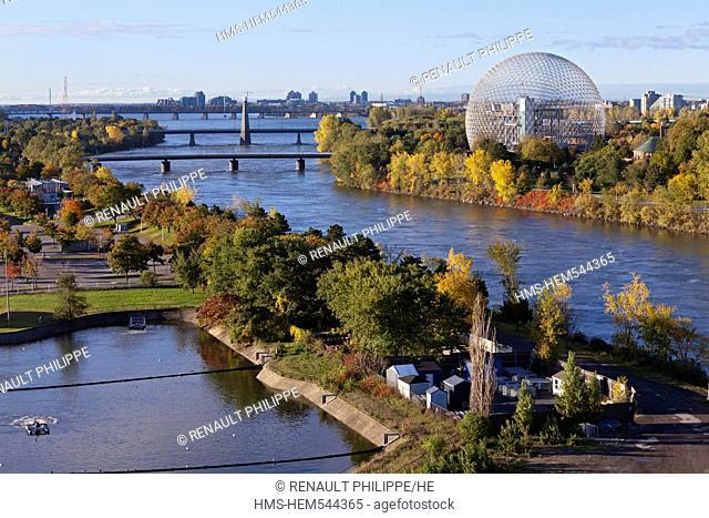 Canada, Quebec Province, Montreal, Ile Notre Dame and Ile Sainte Helene each side of the St. Lawrence River, the Biosphere, the vegetation in the Autumn colors