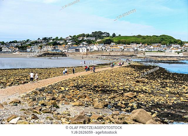Foot path from St. Michaels Mount to the village Marazion , Cornwall, England