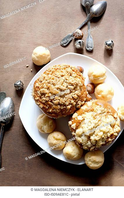 Muffins and pastry puffs