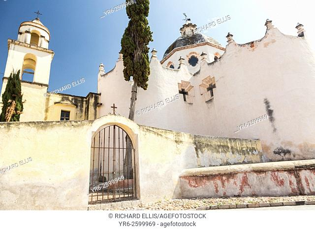 Facade of the fortress like Mexican baroque Sanctuary of Atotonilco and Santa Escuela de Cristo, an important Catholic shrine in Atotonilco, Mexico
