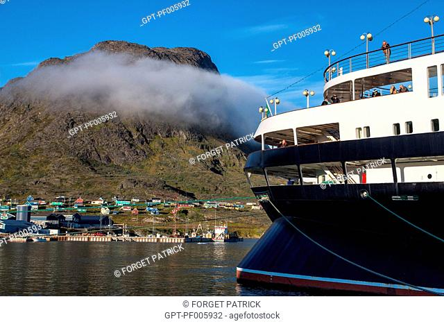 OCEAN LINER DOCKED IN THE PORT AND THE CITY, ASTORIA CRUISE SHIP, NARSAQ, GREENLAND