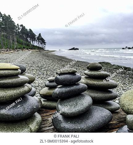 Rock Stacks by beach Ruby Beach, Olympic Peninsula, Washington USA 47°42'40' N 124°24'57' W