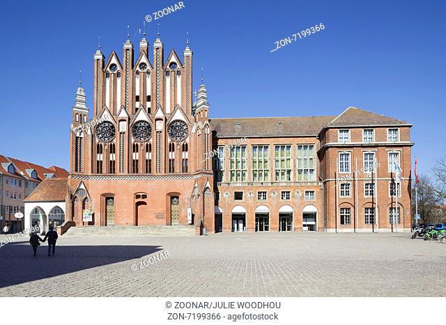 Museum Junge Kunst and Rathaus, Frankfurt Oder