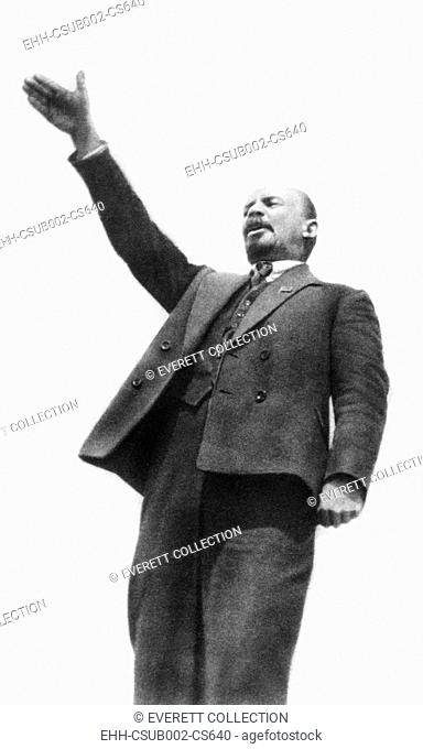 Lenin at the unveiling of a monument to Cossack Stenka Razin in Moscow on May Day, 1919. Razin led an uprising against the nobility and tsarist bureaucracy in...
