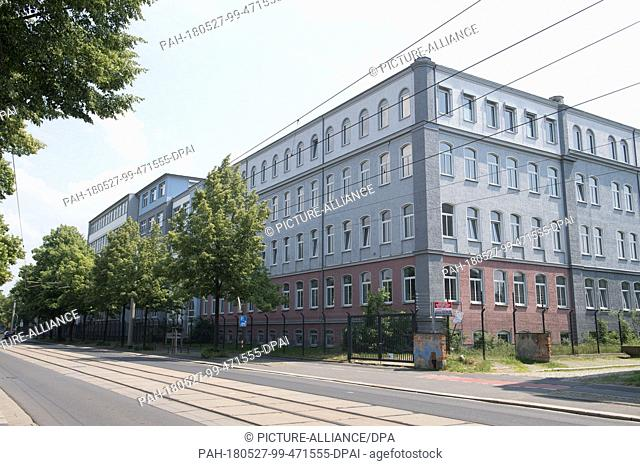 27 May 2018, Germany, Dresden: Exterior view of the first admittance centre on Hamburger Strasse, where police officers were attacked by 50 inhabitants during a...