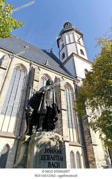 Johann Sebastian Bach monument at Thomaskirche church, Leipzig, Saxony, Germany, Europe