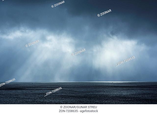 light mood, Atlantic ocean, Lofoten, Norway
