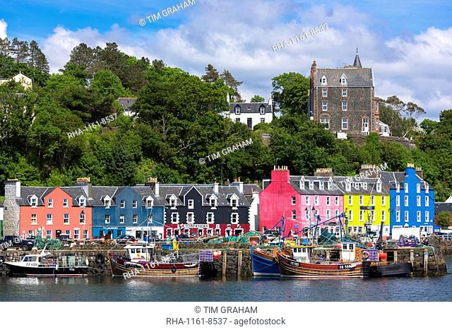 Multi-coloured buildings on the waterfront at Tobermory, Isle of Mull, Inner Hebrides, Scotland, United Kingdom, Europe