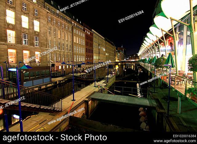 Rathausschleuse Hamburg