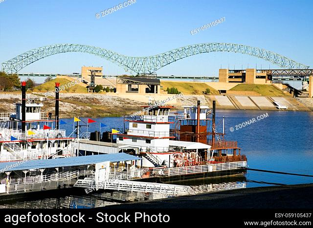 Steamboats on Mississipi - Memphis, Tennessee. The river is the border between Tennessee and Arkansas