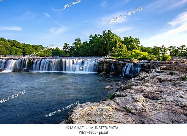 Grand Falls waterfall in Joplin, Missouri