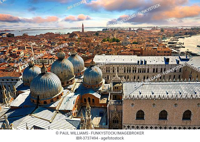 Aerial view of St Mark's Basilica and Doges Palace, Venice, Venezien, Italy