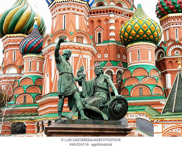 Minin and Pozharskiy monument in front of St. Basil's cathedral, Red Square. Moscow. Russia