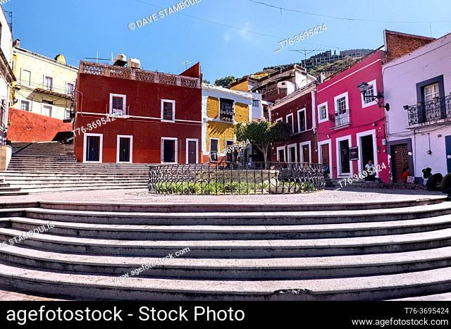 Picturesque Plaza de Los Angeles and fountain, Guanajuato, Mexico